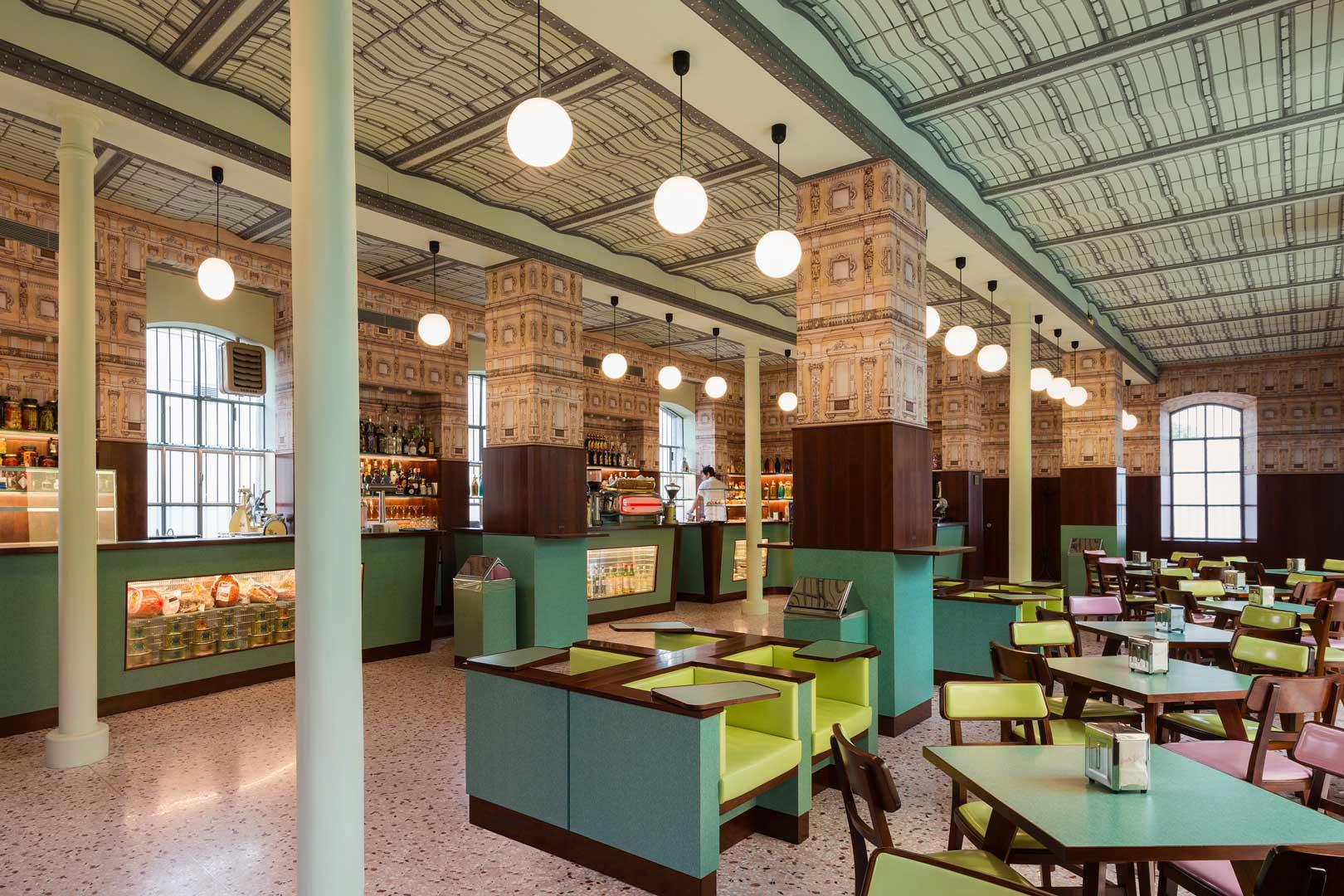 Bar Luce - Fondazione Prada