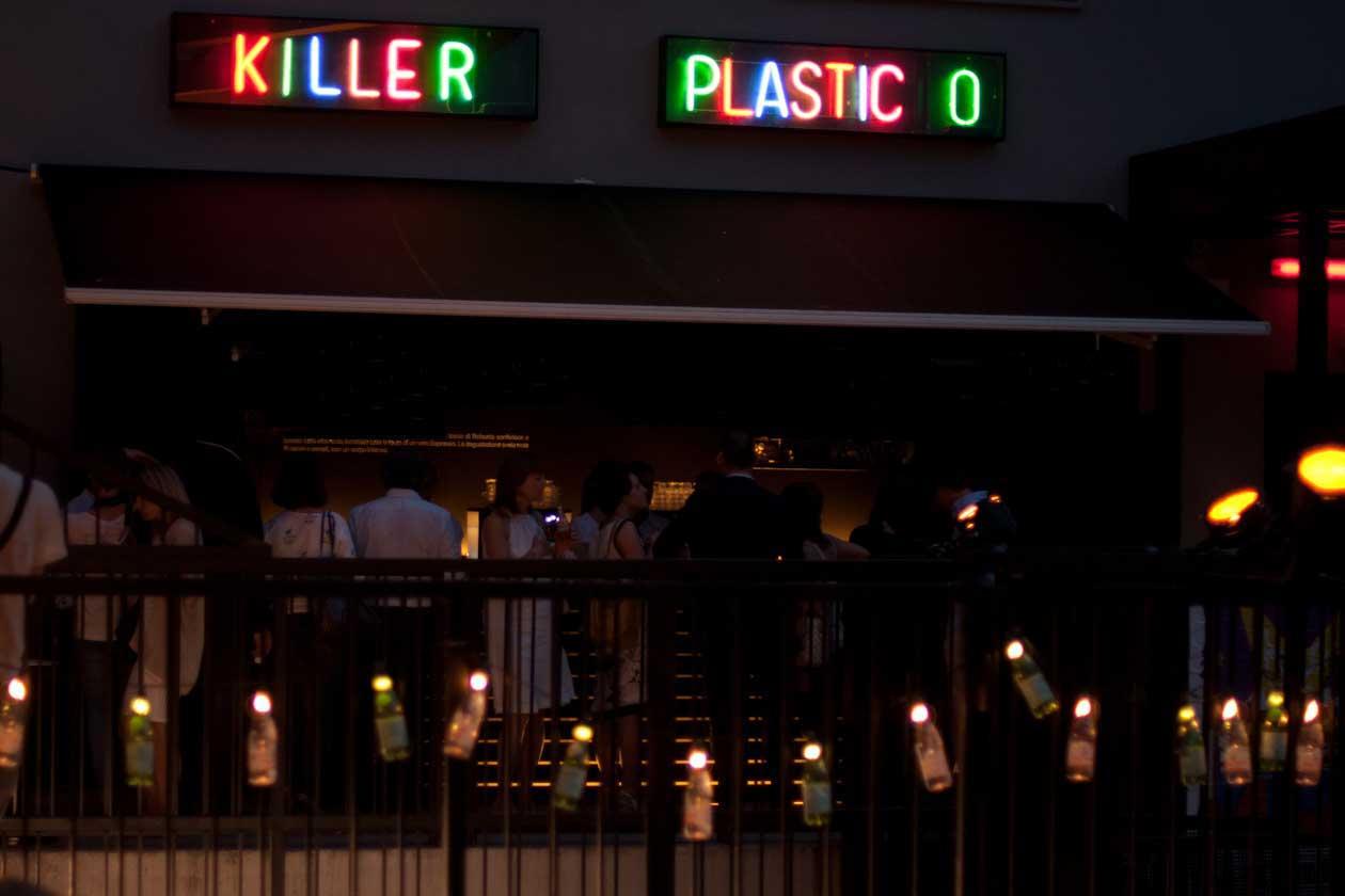 killer-plastic-milano-esterno
