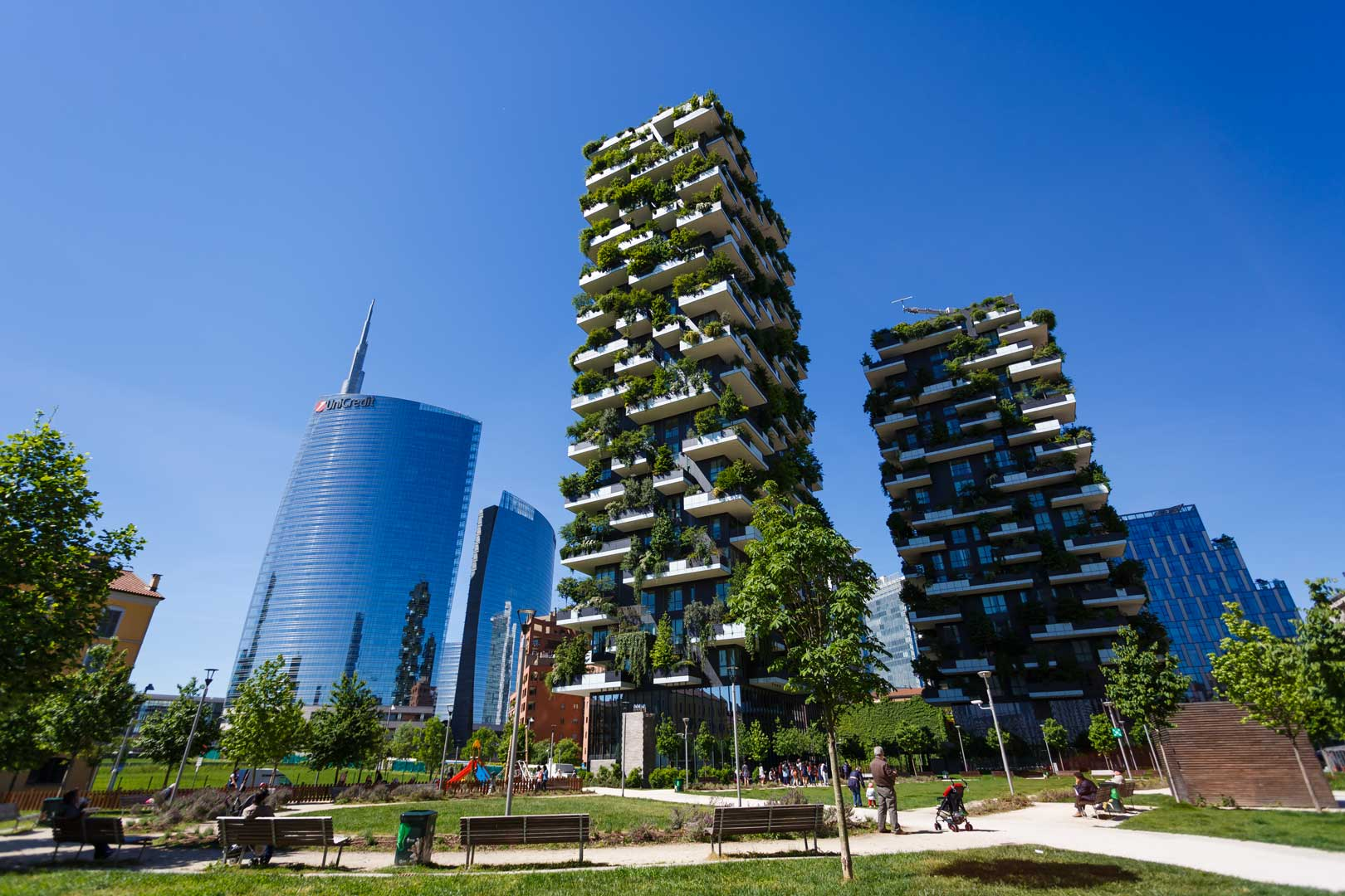 One night at Bosco Verticale