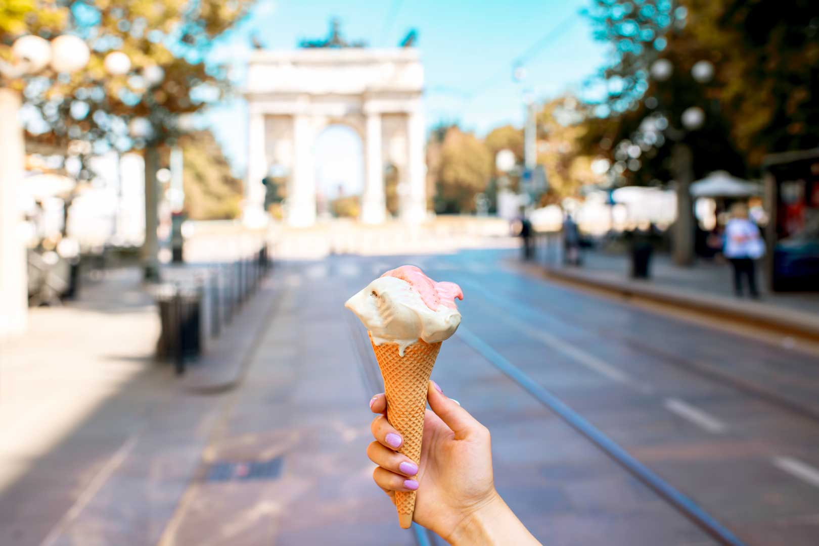 Milan's ice cream parlors open in August