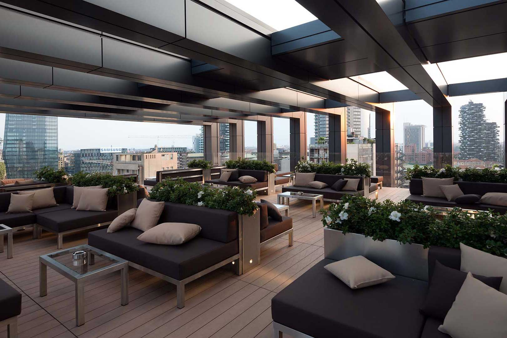 LaGare Rooftop Bar