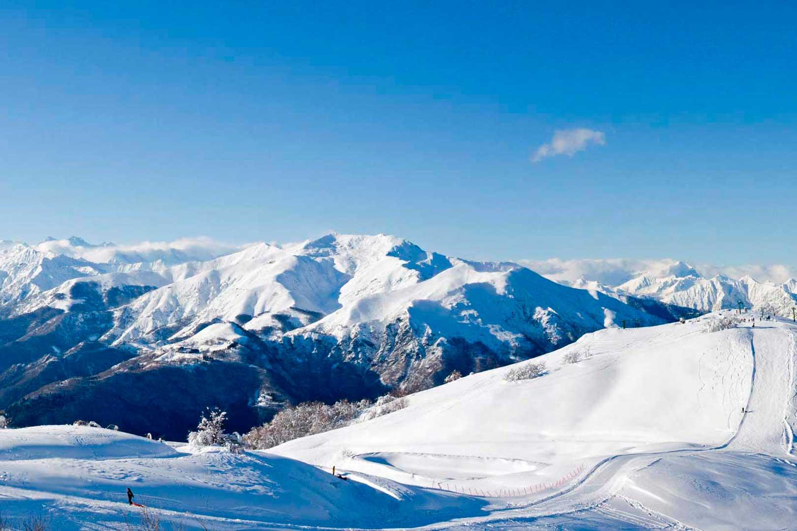 5 località per sciare in giornata da Milano