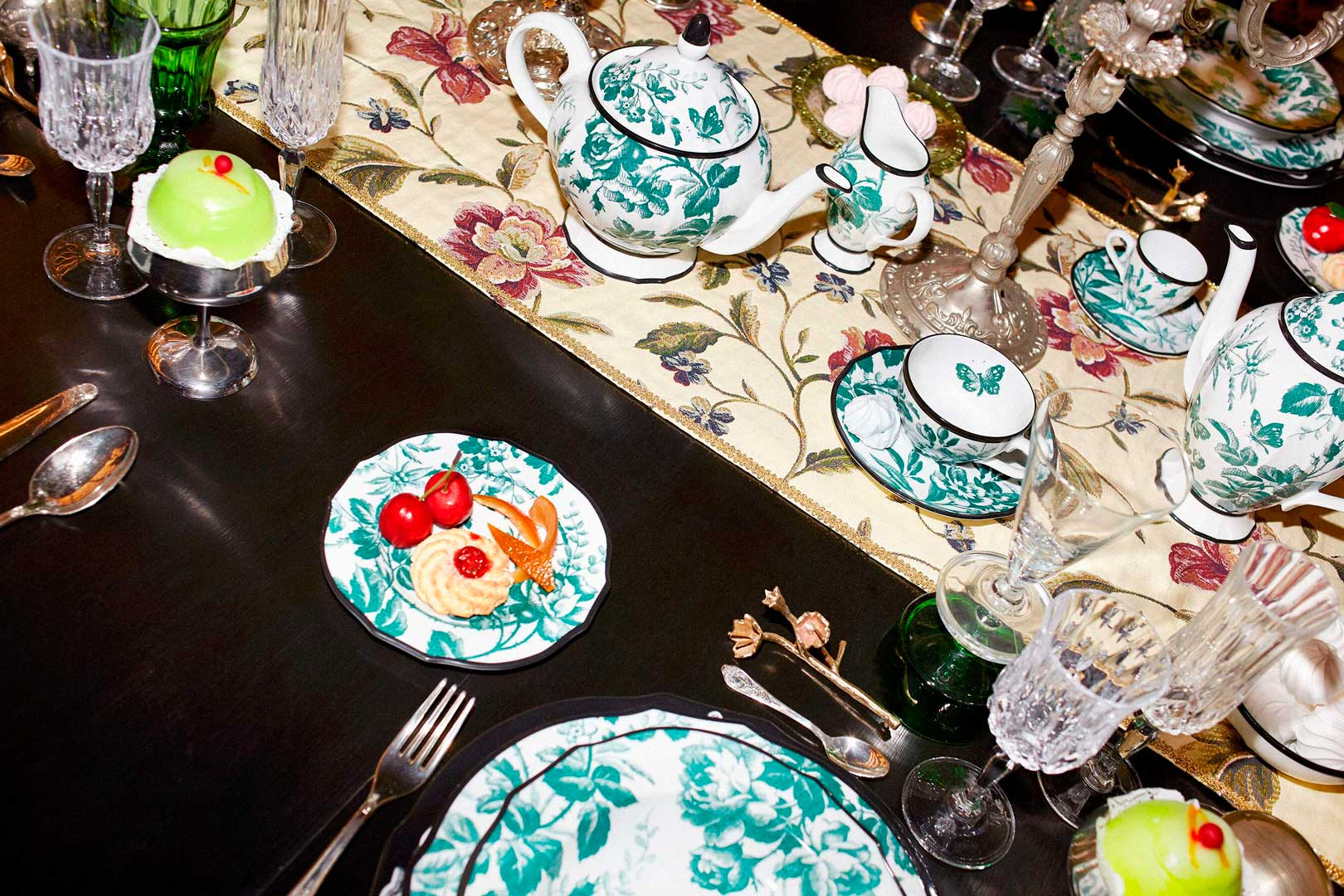 gucci-decor-set-tavola