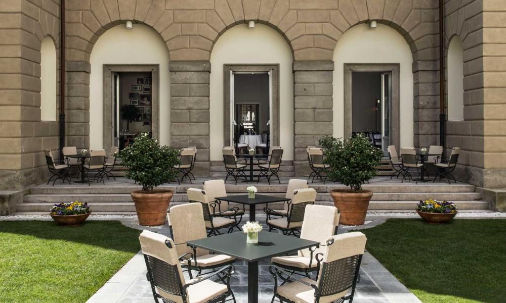 The best restaurants with open courtyards in Milan
