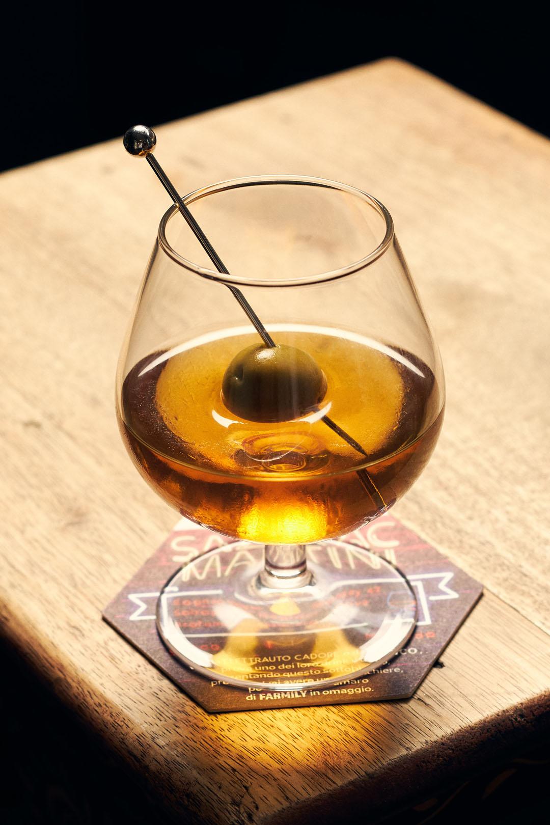 mag-cafe-nuova-drinklist-fw1920-zazerac-martini-4