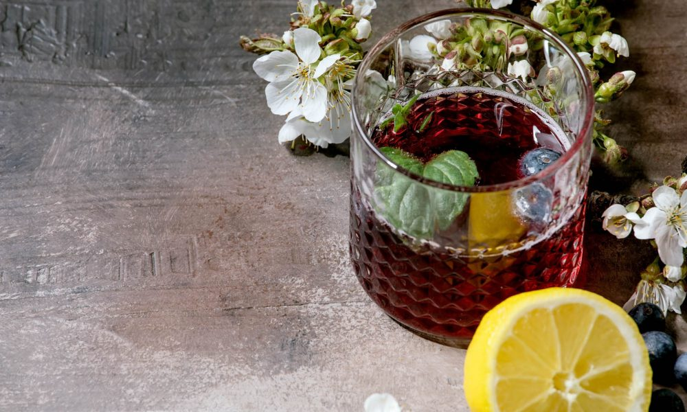 Vermouth, Wermut o Vermut? Storia e ricette di un mito senza tempo