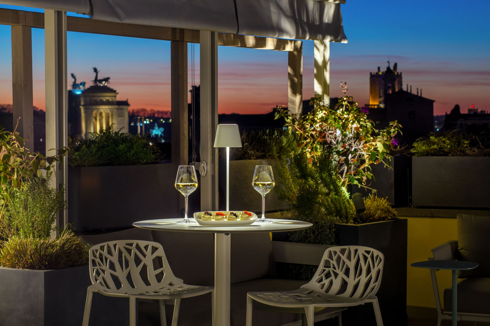 Tiziano Terrace by Monti View