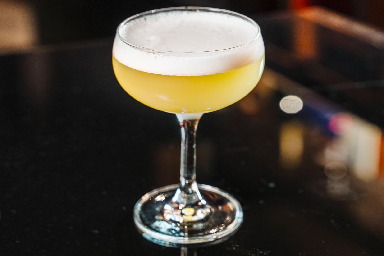 Cocktail e Whiskey i Drink Freschi Perfetti per l Estate