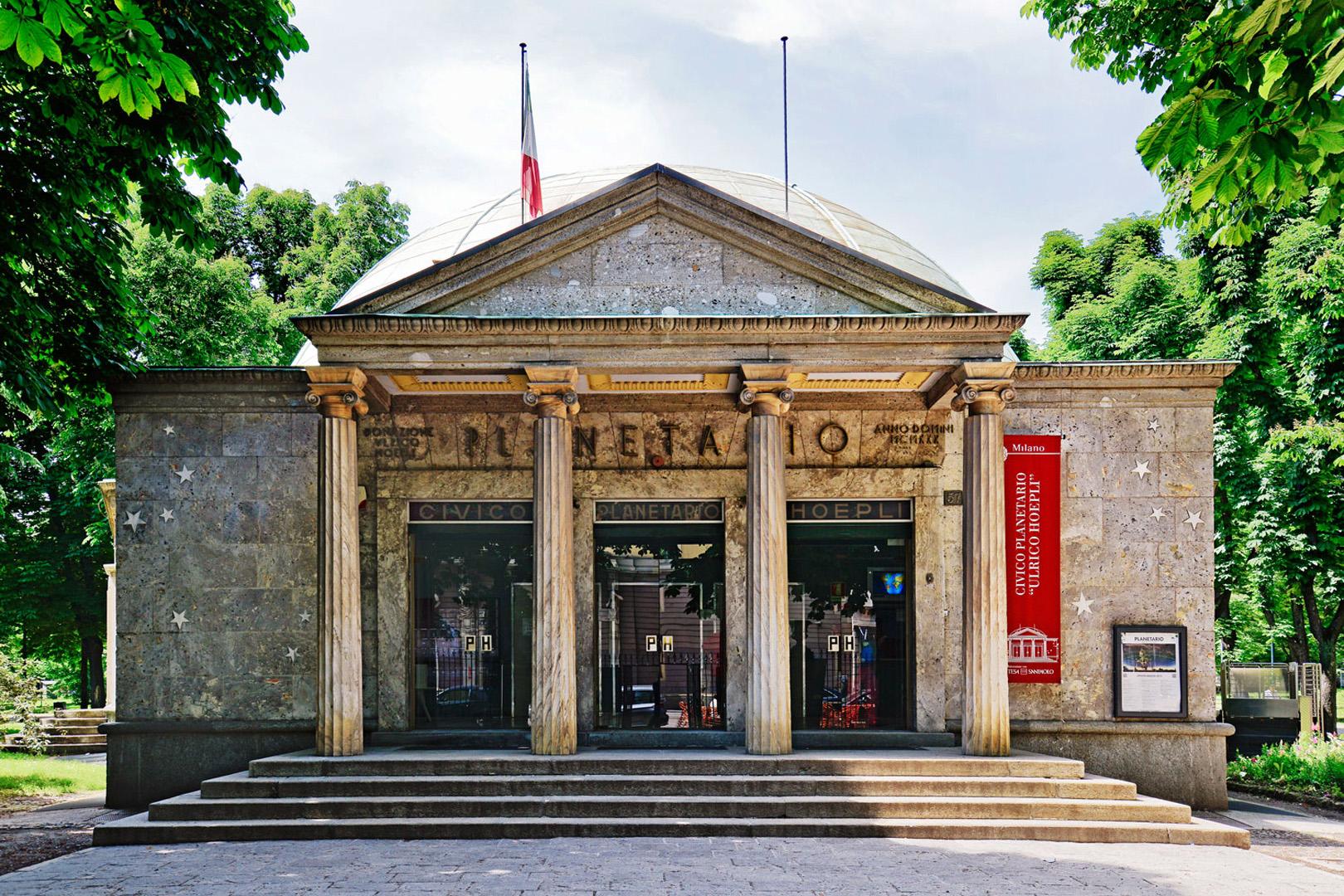 Un Weekend di Arte Musica ed Astronomia al Planetario Hoepli di Milano